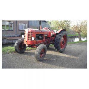 Van den Bosch Tractoren: Tractor Bolinder Munktell (Volvo) 350